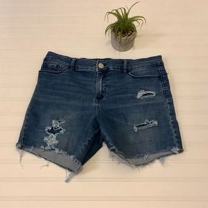 Juicy Couture Jean shorts 10